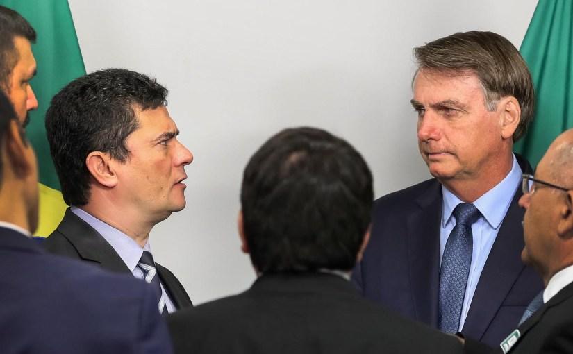 Moro economiza, mas confirma a interferência de Bolsonaro na PF
