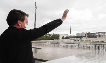14.05.2020 - Brasília/DF - Presidente da República, Jair Bolsonaro na rampa do Palácio do Planalto. Foto: Alan Santos/PR