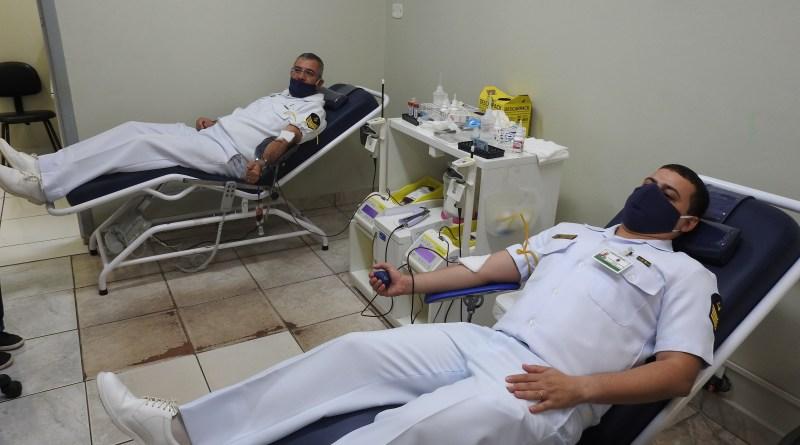 Militares da Capitania Fluvial do Rio Paraná participam de doação de sangue durante Operação Covid-19