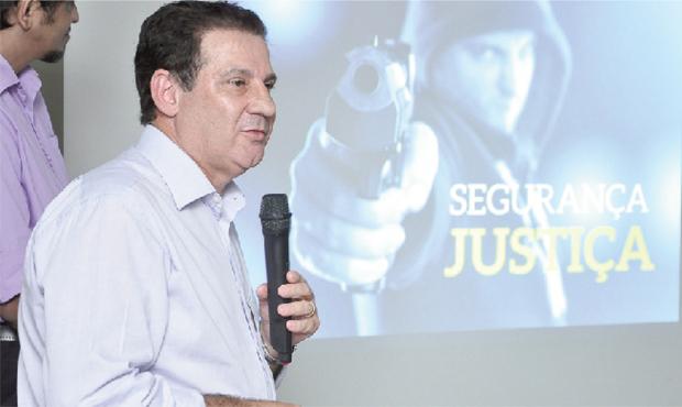 Candidato do PSB ao governo estadual, Vanderlan Cardoso promete divulgar logo seu projeto de governo