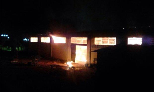 Incêndio em penitenciária de Aparecida de Goiânia pode ter sido criminoso
