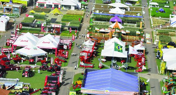 Tecnoshow, em RioVerde, maior feira de tecnologia rural do Centro-Oeste. Expectativa de R$ 900 milhões em negócios