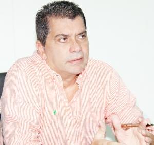 Prefeito Carlos  Amastha bandeou  para o siqueirismo / Antônio Gonçalves/Ascom
