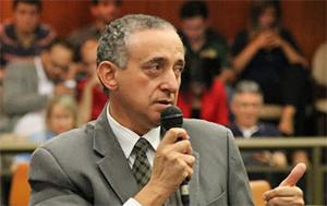 Anselmo Pereira (PSDB) nega, mas demonstra total interesse em se tornar o próximo presidente da Câmara Municipal. Foto: Alberto Maia/Câmara de Vereadores