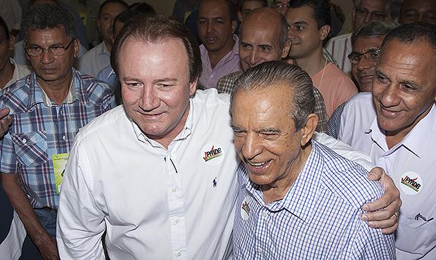 """Júnior Friboi protocoliza ação contra Iris Rezende por """"calúnias"""""""