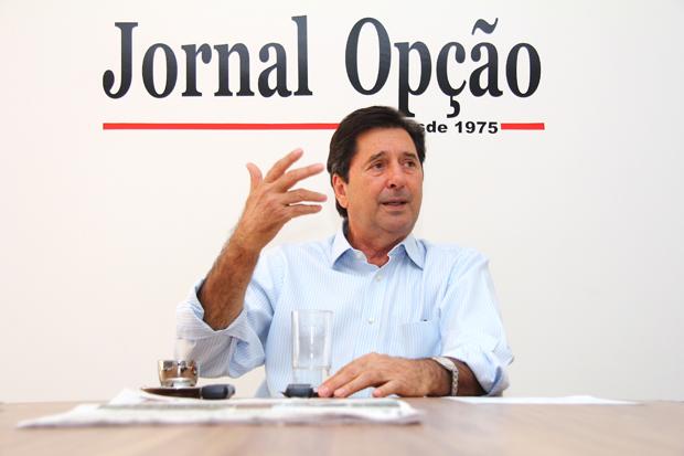 """Juiz nega a Maguito Vilela pedido de indenização por citação no livro """"Os Coveiros do Beg"""""""