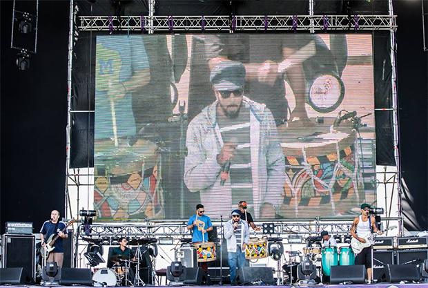 Nação Zumbi é atração gratuita na capital federal. No início do mês, a banda tocou no festival Lollapalooza do Brasil e do Chile. Foto: Reprodução/Facebook/Vitor Salerno