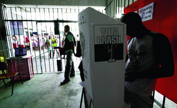 Oeleitor vai às urnas: pesquisa Datafolha comprova que tese do voto facultativo no Brasil ganha adeptos | Elói Corrêa\ AGECOM