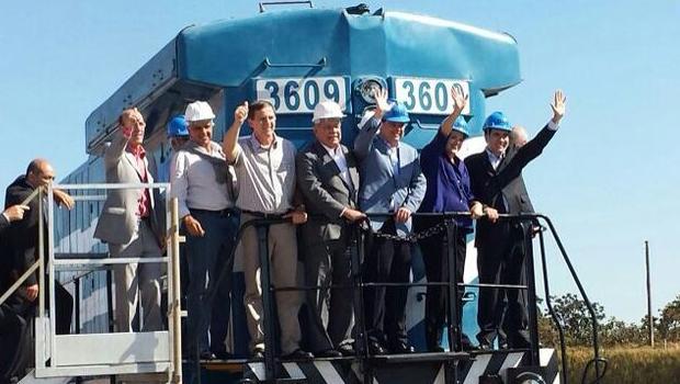 Dilma Rousseff inaugura trecho da Ferrovia Norte-Sul entre Anápolis e Palmas