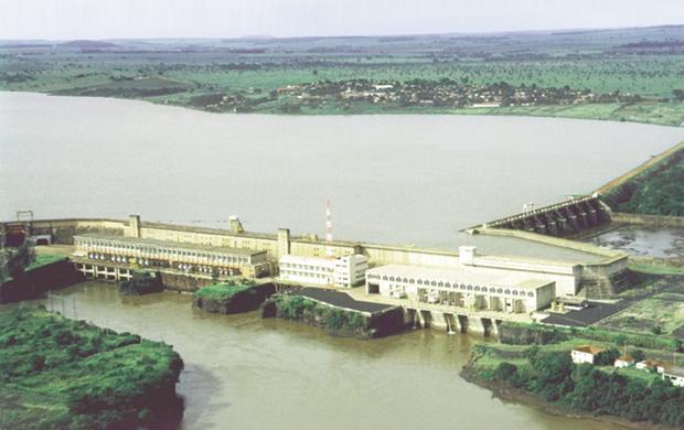 Usina de Cachoeira Dourada  rende hoje ao grupo privado que  a comprou do Estado cerca de  R$ 300 milhões anuais / Foto: Cedoc/Jornal Opção