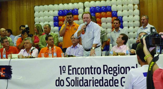 Júnior Friboi no encontro do Solidariedade, na Câmara de Goiânia, dois dias após passar por cirurgia: queixas contra Iris | Mel Castro/Diário da Manhã