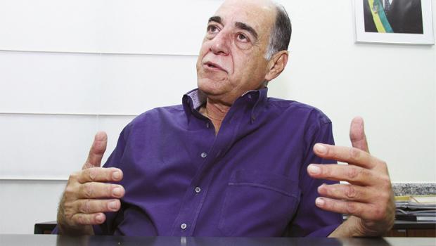 """Superintendente executivo do Crer, Sérgio Daher: """"Não se pode colocar na mão de um médico um produto que ele não tenha conhecimento"""""""