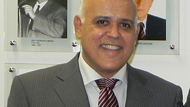 MPGO aciona Maurício Sampaio e os filhos por improbidade administrativa