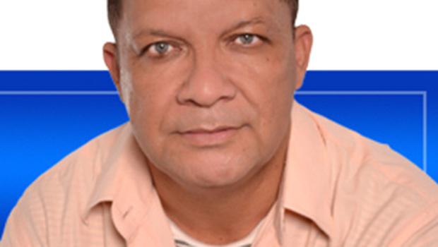 Luiz Armando alerta que  jornalismo não combina com ficção