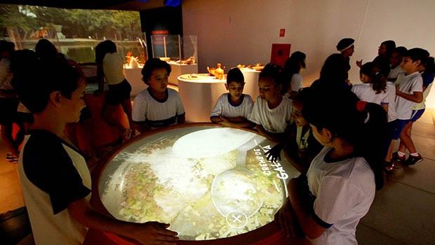 Governo de Goiás anuncia criação de 20 centros culturais no Estado
