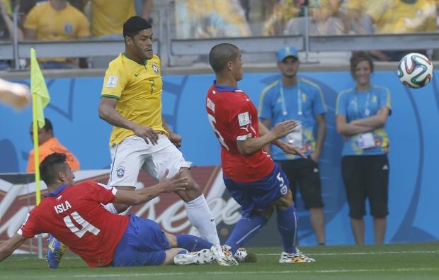 Hulk, apesar do erro que resultou no gol do Chile, foi o melhor jogador de linha do Brasil |Foto: Rafael Ribeiro/CBF