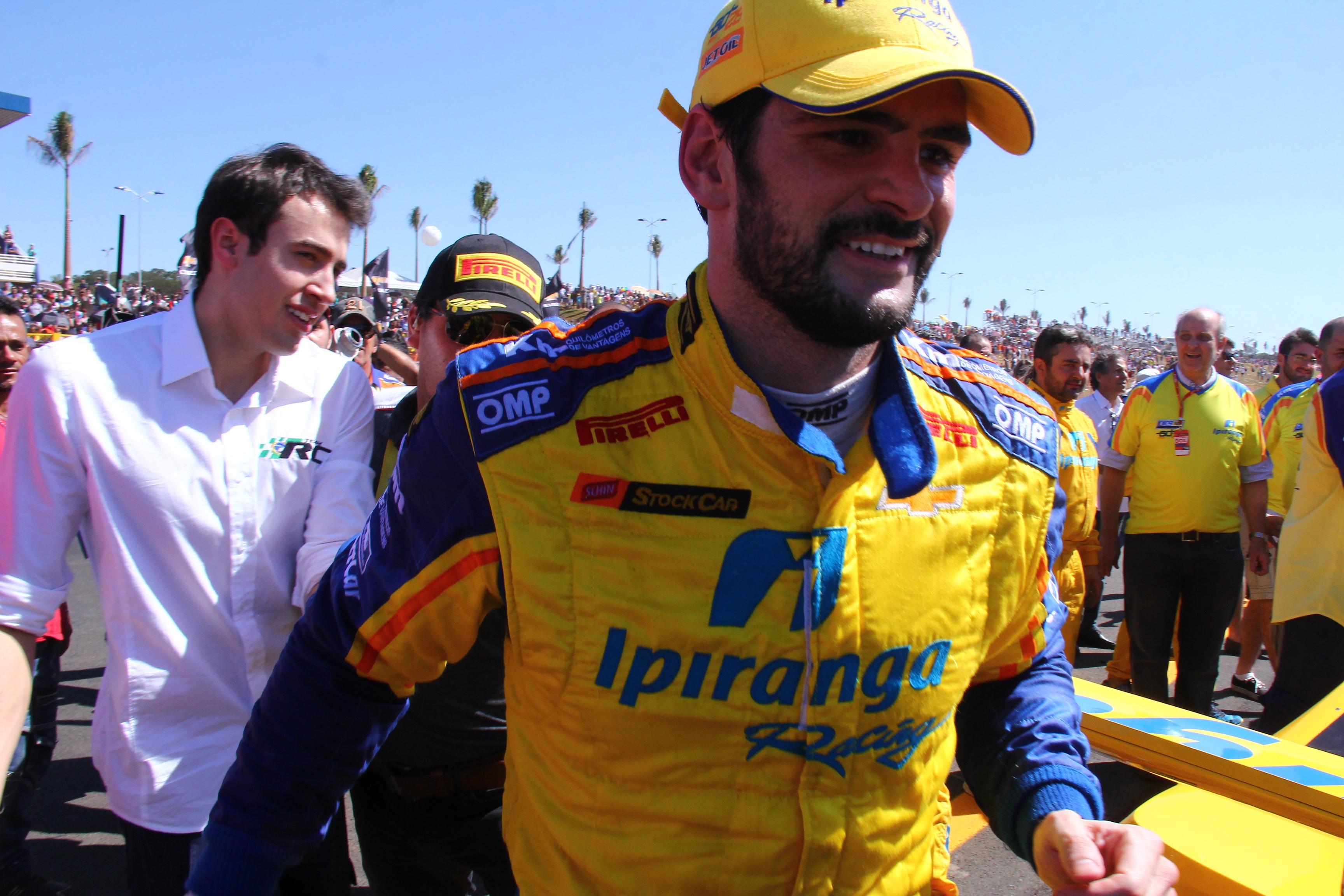 """""""Foi como se tivessem demolido e feito tudo de novo"""", diz o vencedor Thiago Camilo sobre o Autódromo de Goiânia"""