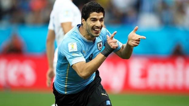 Uruguai vence Inglaterra e torcedores relatam poucos problemas no Itaquerão