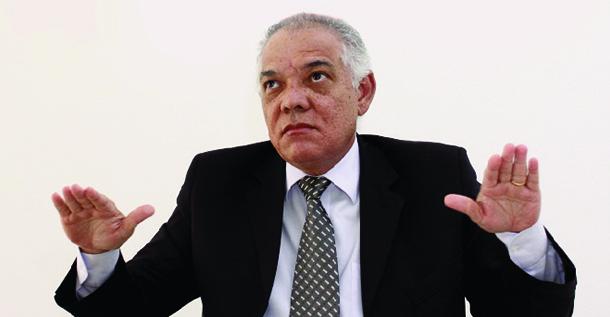 """Edemundo Dias, secretário exonerado em Goiás: humilhado pela reportagem do programa """"Fantástico"""""""