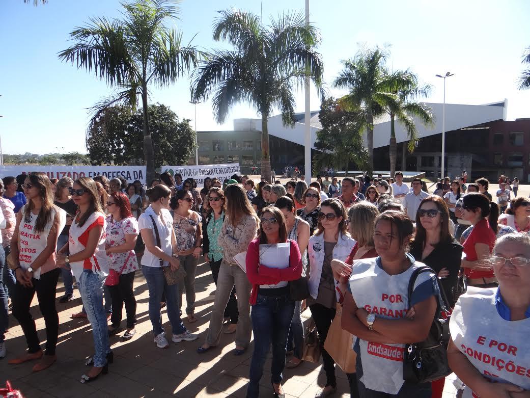 Em greve há mais de uma semana, servidores municipais da saúde planejam manifestação no Ciams Novo Horizonte