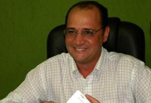 Ex-prefeito de Caldas Novas é condenado a devolver mais de R$ 5 milhões aos cofres públicos
