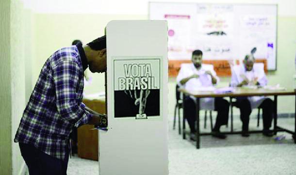 Adolescentes se mostram menos propensos a votar, reflexo direto do baixo nível da política na campanha pré-eleitoral