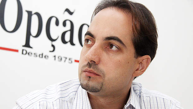 Samuel Belchior não quer ser secretário, mas Iris Rezende reitera convite