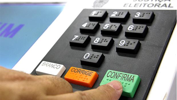 Votos brancos, nulos e abstenções somam mais da metade do eleitorado do Tocantins