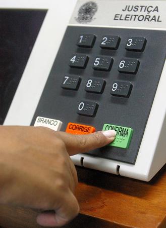 Para conseguir chegar às urnas, o candidato deve ficar atento às regras da Justiça Eleitoral | Foto: Divulgação