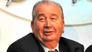Vice-presidente da Fifa morre aos 82 anos em Buenos Aires