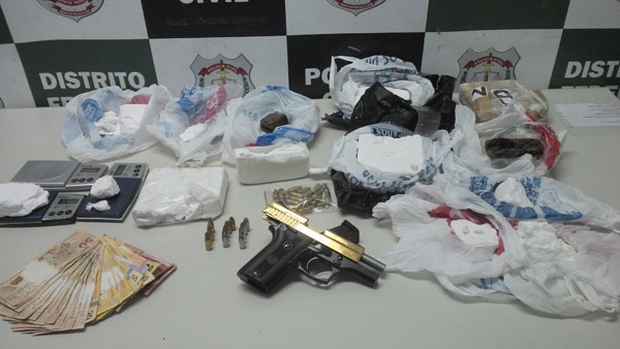 Acusado de tráfico é preso com pistola 380 banhada a ouro no Entorno de Brasília
