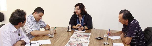 """Candidata ao Senado, a petista Marina Sant'Anna fala aos editores Euler de França Belém e Cezar Santos e ao repórter Frederico Vitor: """"Nós não tínhamos a obrigação de apoiar Iris Rezende"""""""