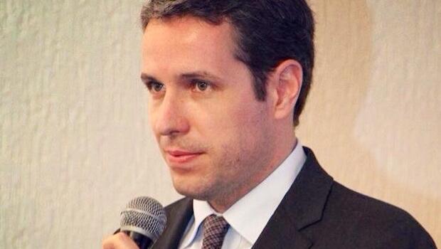 Bruno Rocha Lima reforça política mas não deixa Editoria de Abertura de O Popular