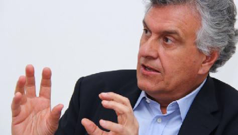 """Senador eleito, Ronaldo Caiadoclassifica como """"falsa"""" proposta de Dilma para reforma política"""