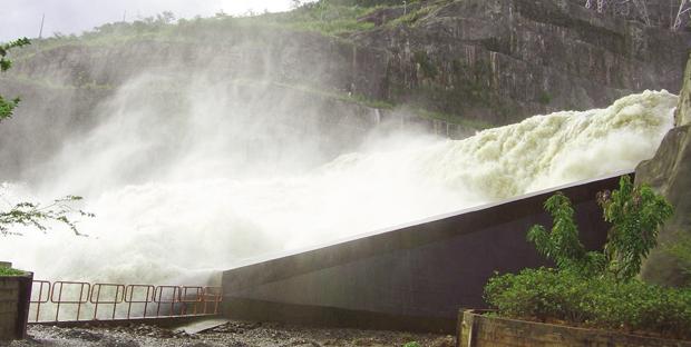 Usina de Corumbá: hidrelétrica, que seria patrimônio da Celg, teve  sua concessão devolvida à União no primeiro governo de Iris Rezende | Foto: Rodrigo N. Silveira