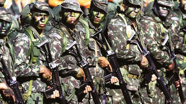 Nenhum dos três principais presidenciáveis apresentaram propostas específicas para o Exército, Marinha e Aeronáutica