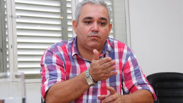 Ex-servidor diz que governador do Tocantins encabeçou esquema de fraude quando era presidente da Assembleia