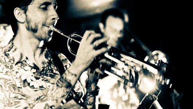 Banda Canastra (RJ) conta com a participação especial do Barba, baterista do Los Hermanos|Foto: Divulgação