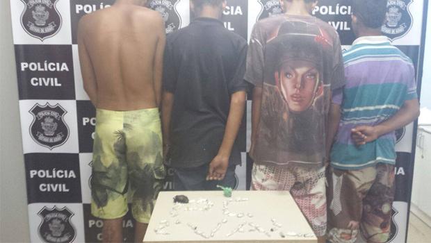 Quatro menores com grande quantidade de drogas são liberados após abordagem