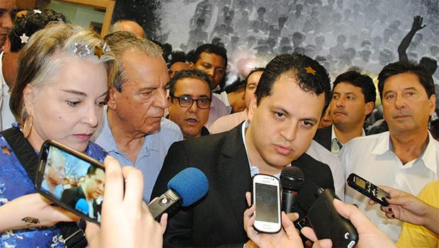 """Agenor Mariano com Iris Rezende: """"Com o apoio de Vanderlan Cardoso e Antônio Gomide, nós temos condições de derrotar Marconi Perillo"""""""