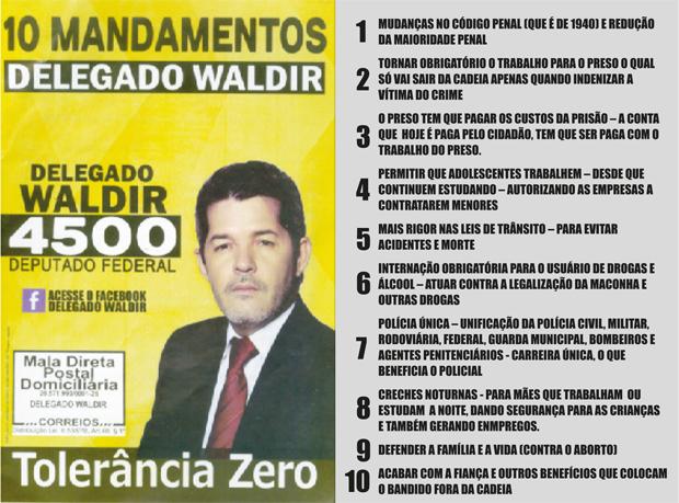Folheto com as propostas do deputado federal Delegado Waldir, campeão de voto nas urnas em Goiás