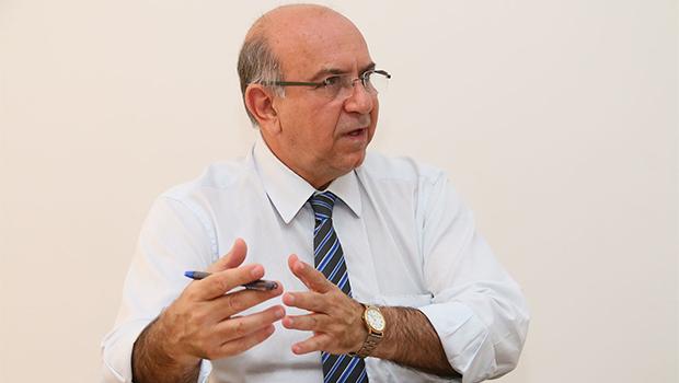 """""""Nossos hospitais estão muito bem. O desafio foi superado"""", diz titular da Secretaria estadual de Saúde"""