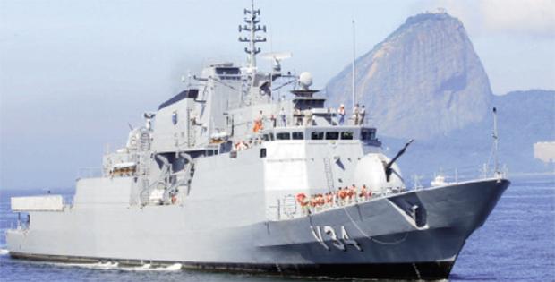 """Livro """"As garras do Cisne"""" desvenda megaprojeto que tornará Marinha do Brasil uma das mais poderosas do mundo"""