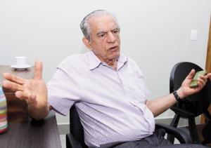 Ao que tudo indica, ex-prefeito Iris Rezende (PMDB) é o pai da dívida, mas foi o atual administrador Paulo Garcia  (PT) quem estimulou seu desenvolvimento | Fernando Leite/Jornal Opção