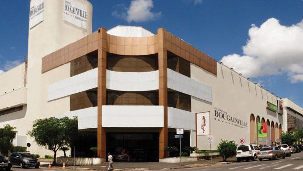 Diminuição de vendas assusta funcionários do shopping Bougainville