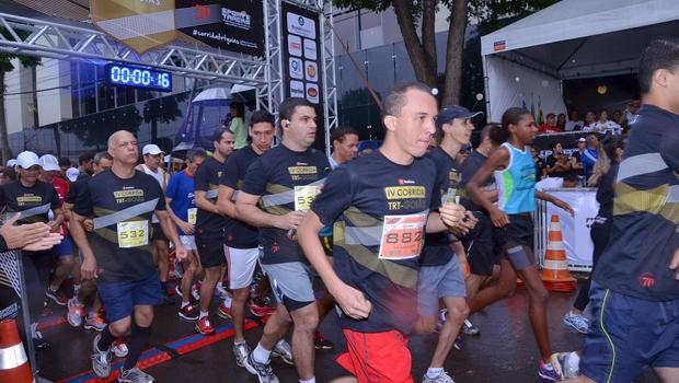 Goianos descobrem a paixão e os benefícios das corridas de rua