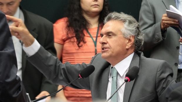 Caiado quer Dilma e Lula na CPMI da Petrobrás