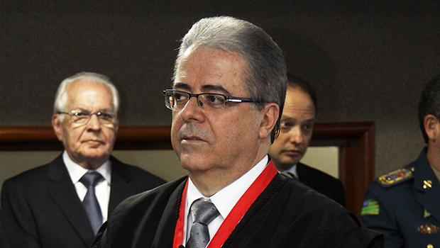 Leobino Valente Chaves é eleito novo presidente do TJGO