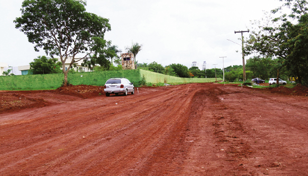 Continuação da Avenida Parque, próxima ao Residencial Granville (acima), pode ser entregue já neste ano | Fernando Leite/Jornal Opção