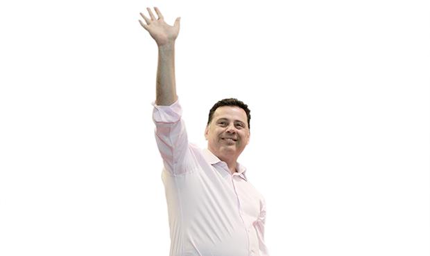 O Marconi Perillo criticado por Iris Rezende não existe para os eleitores. É a razão de sua vitória